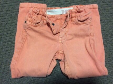 AS NEW SIZE 3 GIRLS COTTON ON KIDS JEANS Eaton Dardanup Area Preview