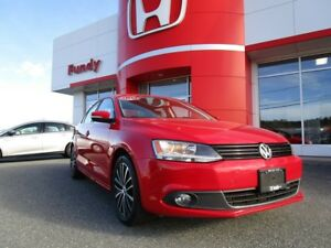 2014 Volkswagen Jetta 2.0 TDI Highline w/sunroof, power seat,$15