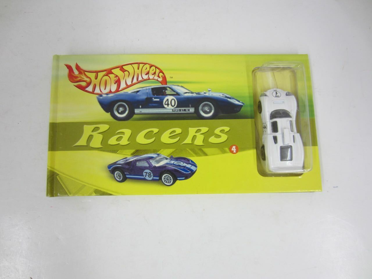 Mattel Hot Wheels Racers CHAPARRAL 2D Book & Die-Cast Car by