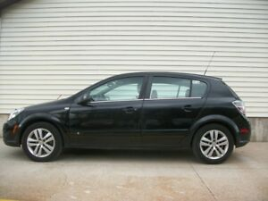 2009 Saturn Astra SPORTY XR 5-SPEED WITH LEATHER