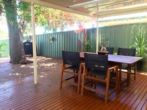 3BR + 2Bath House with huge deck. 8.5kms to CBD. Rostrevor Campbelltown Area Preview