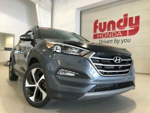 2016 Hyundai Tucson Limited w/leather, pano roof, navi LIKE NEW