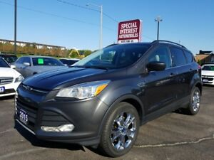 2015 Ford Escape SE CLEAN CAFR PROOF REPORT !!  ONE OWNER !!...