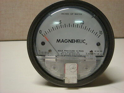 Dwyer Magnehelic Gauge 0-15 Of Water Catalog 2015 Used