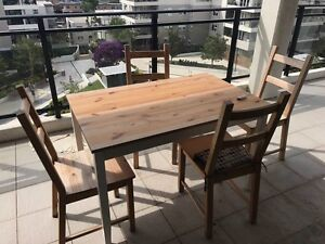 Dinning Set/ Meadowbank Ryde Area Preview