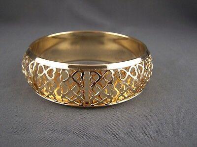Gold bangle bracelet cut out heart design pattern 7/8