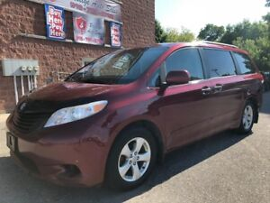 2011 Toyota Sienna ONE OWNER/NO ACCIDENT/CERTIFIED/WARRANTY INCL