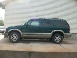 1998 Chevrolet Blazer 4X4 SUV READY FOR HUNTING SEASON