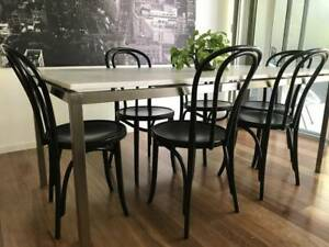 6 stylish, black bentwood dining table chairs