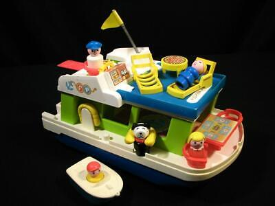 Nice Complete Vintage Fisher Price Little People Play Family Happy Houseboat 985