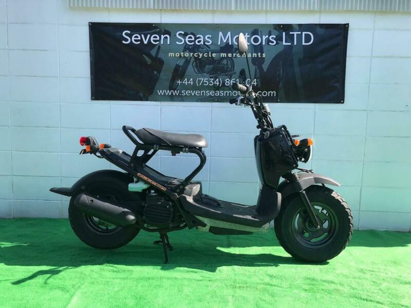 2003 JDM Honda Zoomer in black