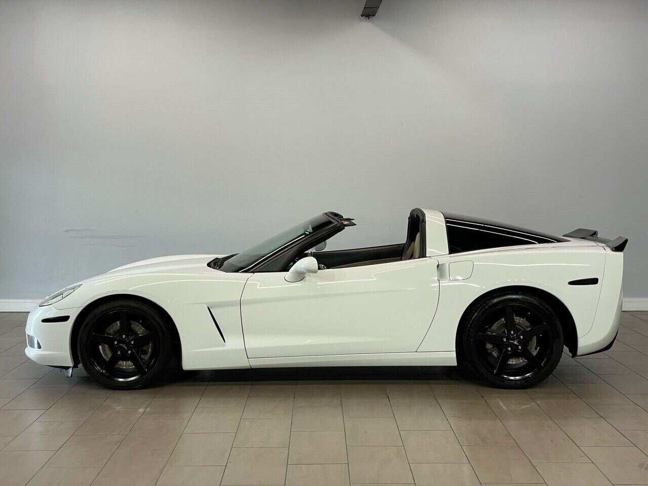 2007 White Chevrolet Corvette Coupe  | C6 Corvette Photo 8