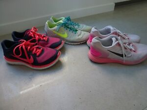 NIKES  LADIES SPORTS SHOES Thorneside Redland Area Preview