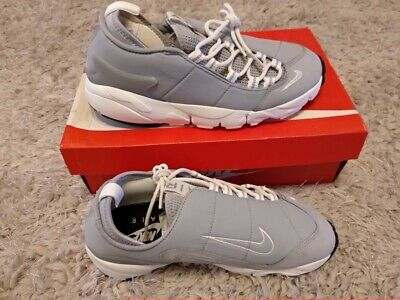 NIKE AIR FOOTSCAPE TRAINERS NM WOLF GREY SIZE 7 NEW IN BOX