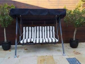 Outdoor swing chair Ivanhoe Banyule Area Preview