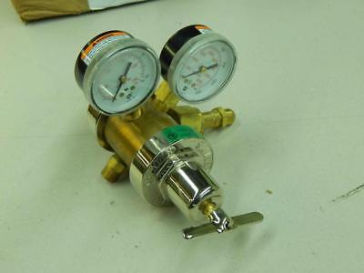 Smith 35-125-540 4820-00-418-0099 Oxygen Regulator Gasoxygen 3000 Psi 651