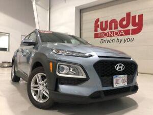2019 Hyundai Kona Essential pkg, JUST LIKE NEW ONE LOCAL OWNER