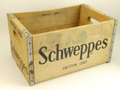Vintage Schweppes Dayton Ohio Soda/Soft Drink Bottle Wooden Crate Carrier