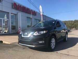 2017 Nissan Rogue SV AWD BARELY USED!