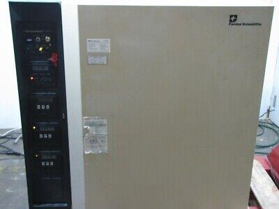 Forma Scientific Model 3033 Steri-cult Co2 Incubator W Shelves