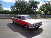 Miniature 10 Voiture American classic Chevrolet Nomad 1960
