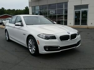 2016 BMW 528i xDrive Nav, 360 camera, Turbo