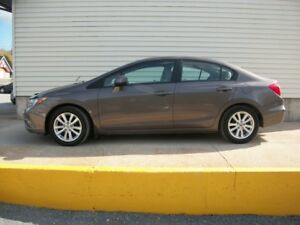 2012 Honda Civic AUTOMATIC GREAT ON GAS