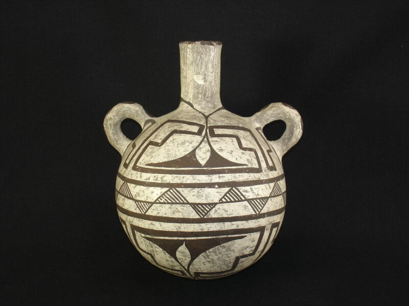 REDUCED! A fine Acoma pottery canteen, Native American Indian Artifact, c.1900