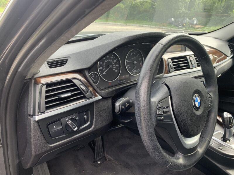 Image 16 Voiture Européenne d'occasion BMW 3-Series 2015