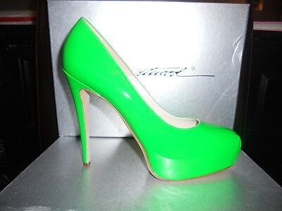 Brian Atwood MANIAC Patent Leather Glass Platform Heels Pumps Shoes Apple (Atwood Glasses)