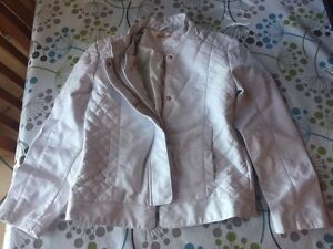 New Girl's White Faux Leather Jacket Size 5-6 Charlestown Lake Macquarie Area Preview