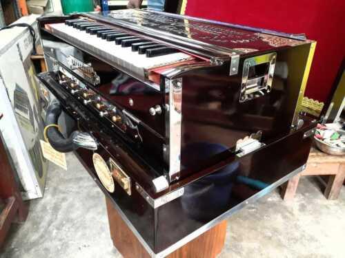 Delux Harmonium 9 scale changer/ 3 Seat PALITAN / 37 keys Christmas Sale