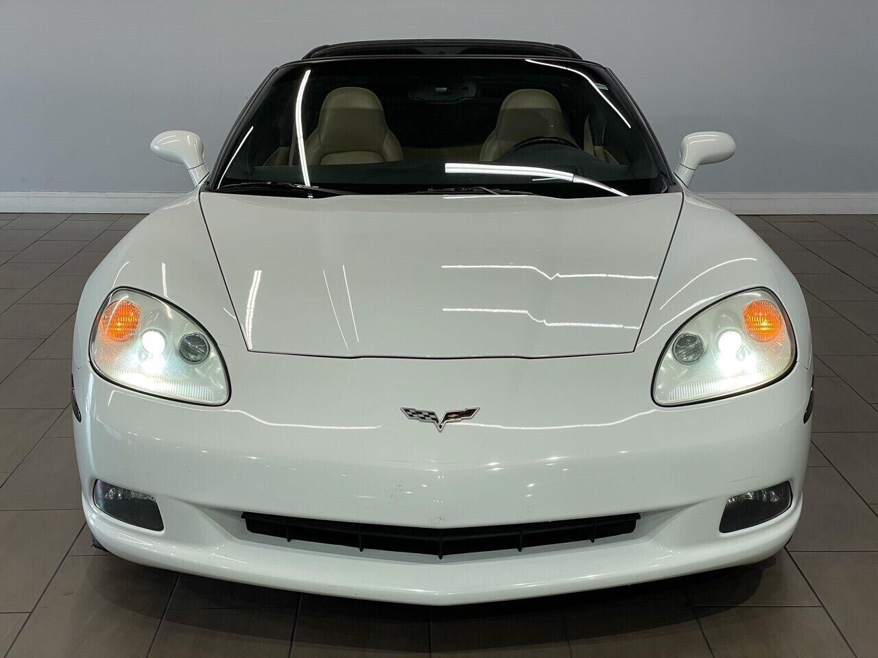 2007 White Chevrolet Corvette Coupe  | C6 Corvette Photo 6