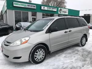 2008 Toyota Sienna CE l No Accidents l Back up Cam