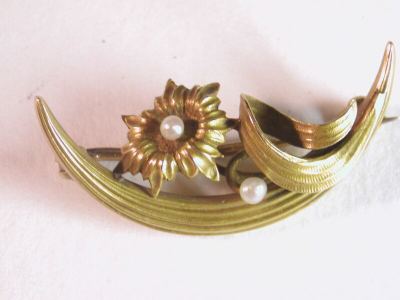 VINTAGE ART NOUVEAU YELLOW GOLD SEED PEARL FLOWER Crescent PIN BROOCH 1.9g