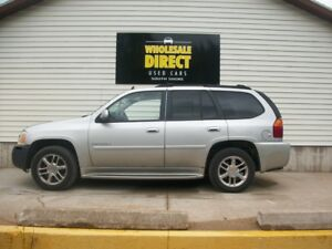 2007 GMC Envoy AWD - HEATED SEATS - LEATHER SEATS - TRAILER HITC