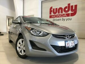 2016 Hyundai Elantra L+ Package w/ air condition NICE AND CLEAN
