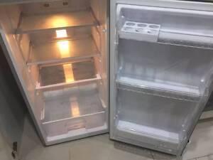 Near new fridge, very good condition@ Lane Cove Lane Cove Area Preview