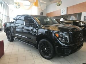 2018 Nissan Titan Edition Midnight 4 portes 4x4 Mags 20 pouces