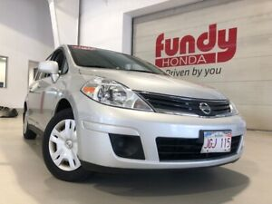 2012 Nissan Versa 1.8 S with A/C and ONLY 48,000KM!!! MUST SEE!