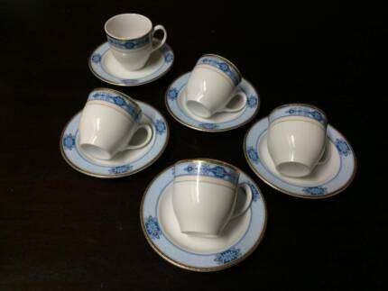 Kutahya Porcelan Turkish Coffee Cups And Saucers