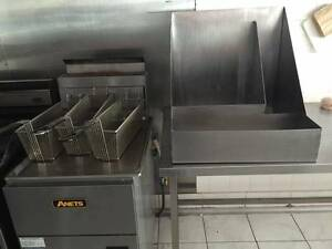 Commercial deep frier and chip container Lilydale Yarra Ranges Preview