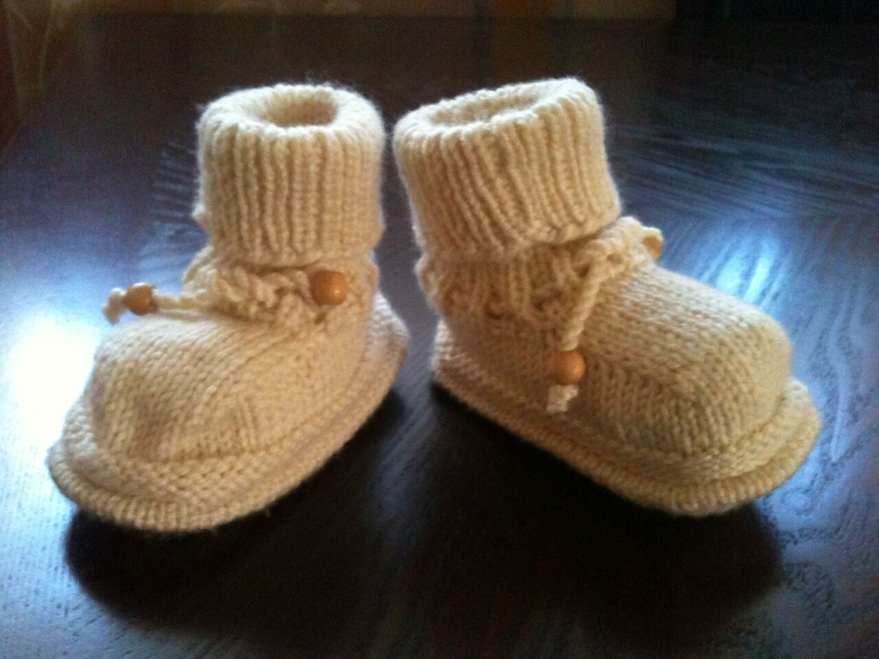 New Baby Girl/ Boy Cute and Warm Wool Blend White Knitted Shoes/ Boots 3-6 Month