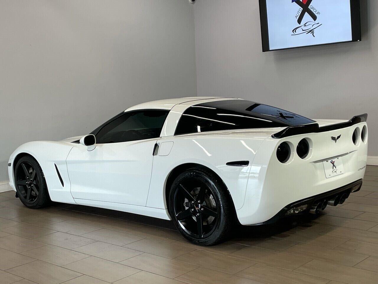 2007 White Chevrolet Corvette Coupe  | C6 Corvette Photo 9