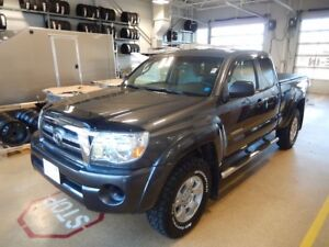 2010 Toyota Tacoma SR5 LOW, LOW KMS