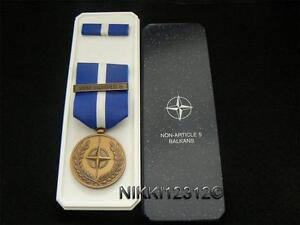 FULL-SIZE-BOXED-ORIGINAL-NATO-NON-ARTICLE-5-BALKANS-MEDAL-IN-MINTCONDITION