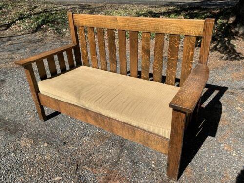 1910 Mission Arts & Crafts quartersawn oak settee loveseat Stickley style