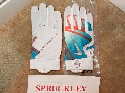 8040baa433ca2 Baseball   Softball - Nike Batting Gloves Xl - Trainers4Me