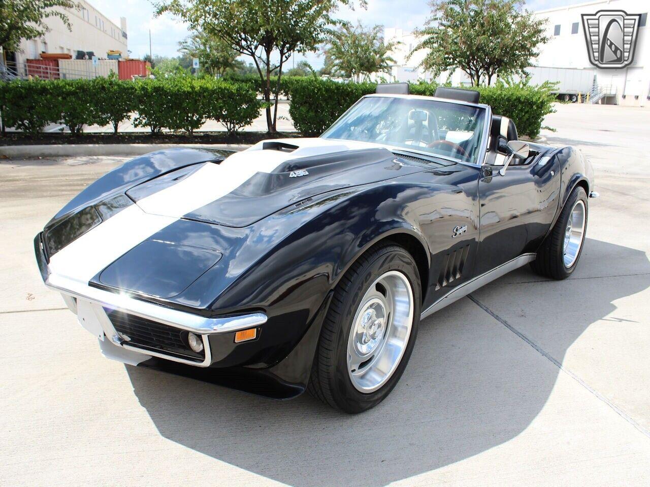 1969 Black Chevrolet Corvette   | C3 Corvette Photo 4