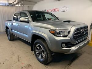 2017 Toyota Tacoma Double Cab TRD + Toit + Manuelle NEW Tires